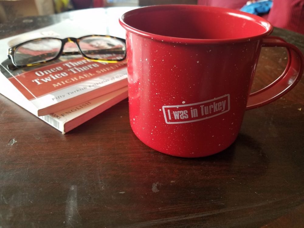 red-metal-coffee-mug